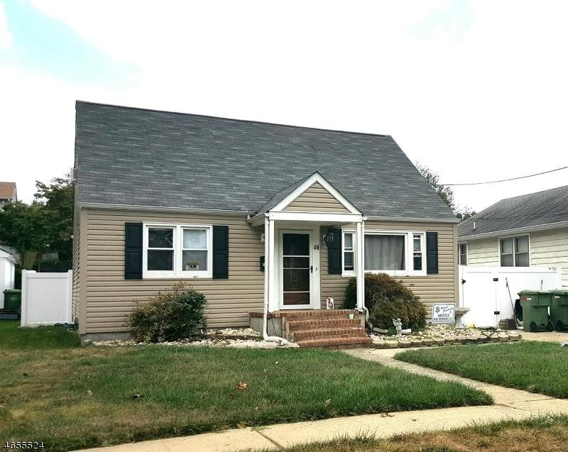 Частный односемейный дом для того Продажа на 46 Roosevelt Blvd Parlin, Нью-Джерси 08859 Соединенные Штаты