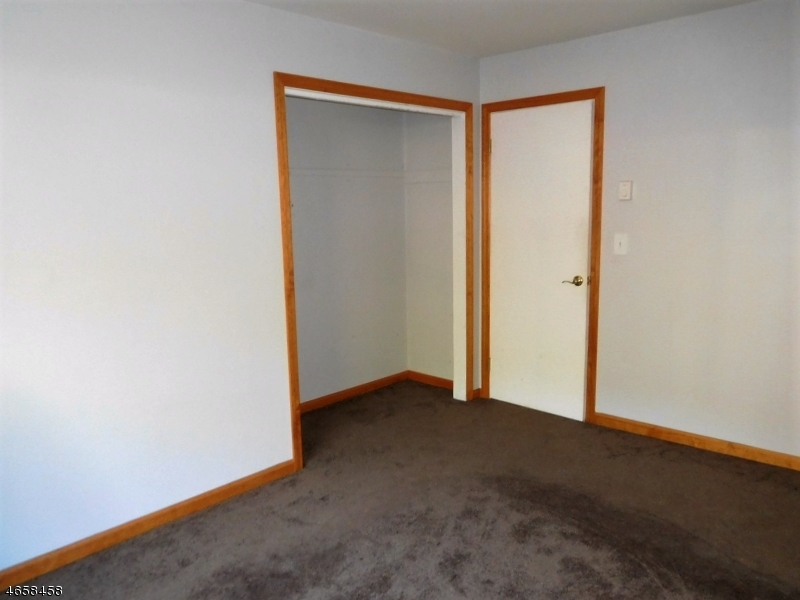Additional photo for property listing at 21 Great Gorge Ter  Vernon, New Jersey 07462 United States