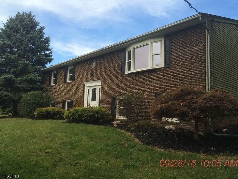 独户住宅 为 销售 在 58 Bickel Road 华盛顿, 新泽西州 07882 美国