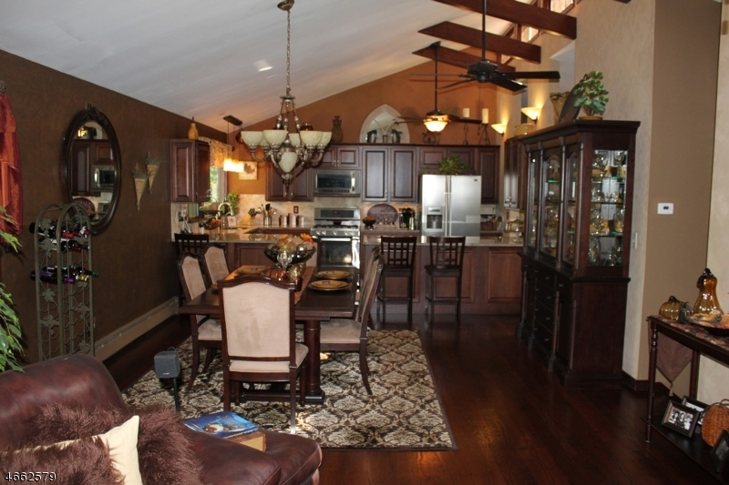 Additional photo for property listing at 6 Larch Lane  Hillsborough, New Jersey 08844 United States