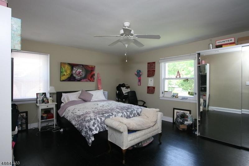 Additional photo for property listing at 3 University Court  South Orange, Nueva Jersey 07079 Estados Unidos
