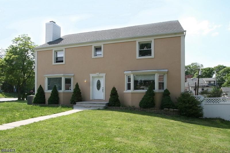 Casa Unifamiliar por un Alquiler en 3 University Court South Orange, Nueva Jersey 07079 Estados Unidos