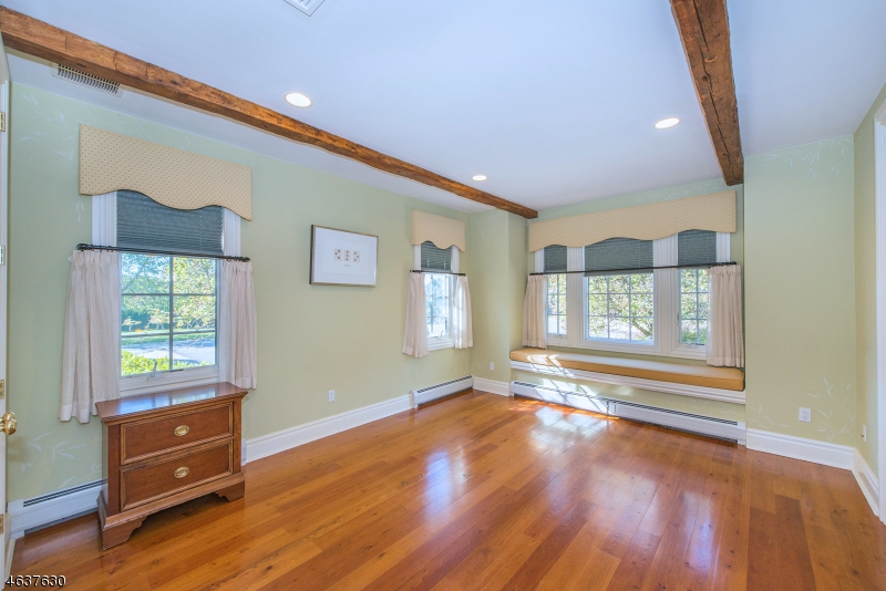 Additional photo for property listing at 14 SPRINGCROFT Road  Mendham, New Jersey 07945 United States