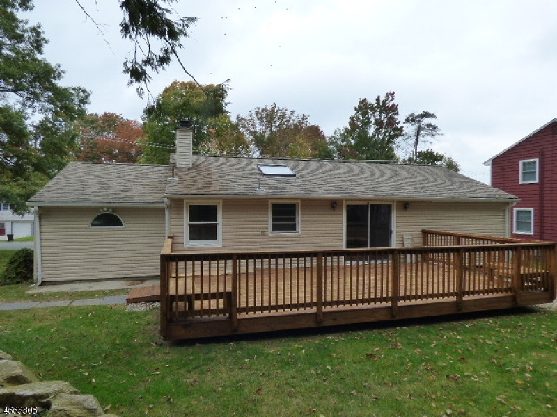 Additional photo for property listing at 19 Yacht Club Drive  Lake Hopatcong, New Jersey 07849 United States