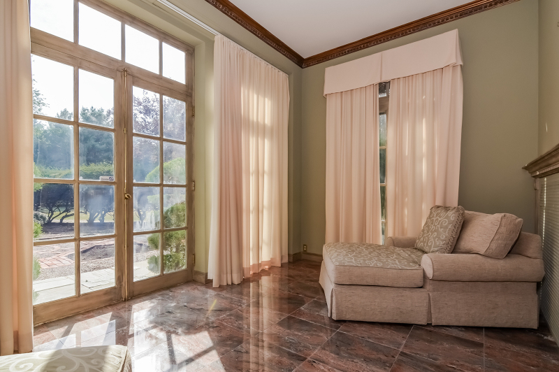 Additional photo for property listing at 80 Glen Avenue  West Orange, Nueva Jersey 07052 Estados Unidos