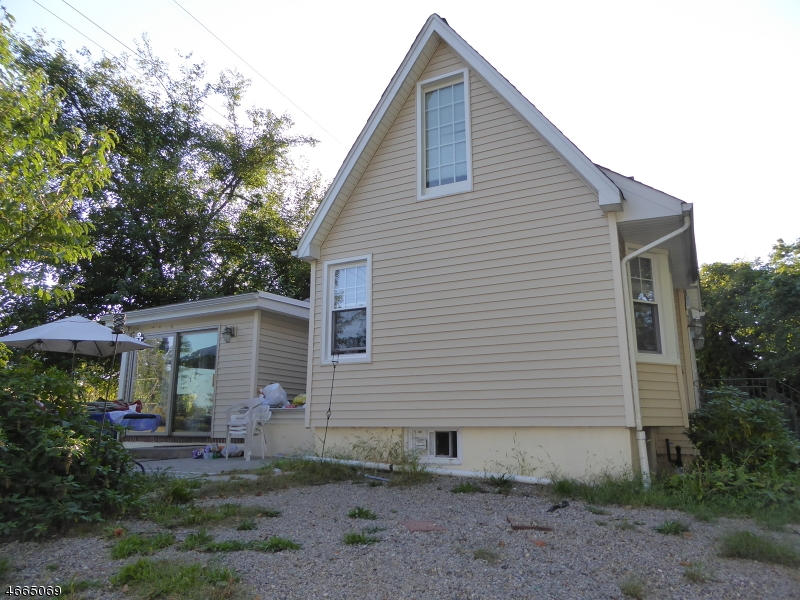 Additional photo for property listing at 15 Shipman Place  East Hanover, Нью-Джерси 07936 Соединенные Штаты
