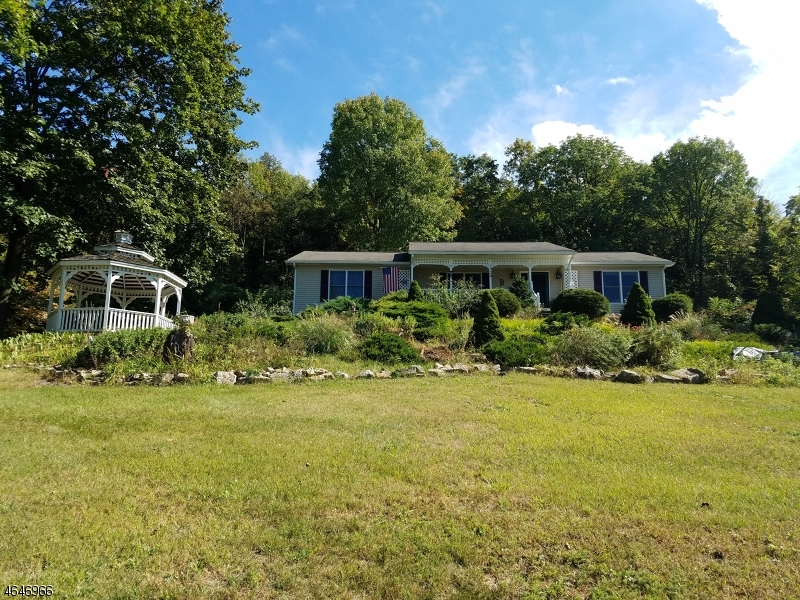 Additional photo for property listing at 145 Good Springs Road  Asbury, Nueva Jersey 08802 Estados Unidos