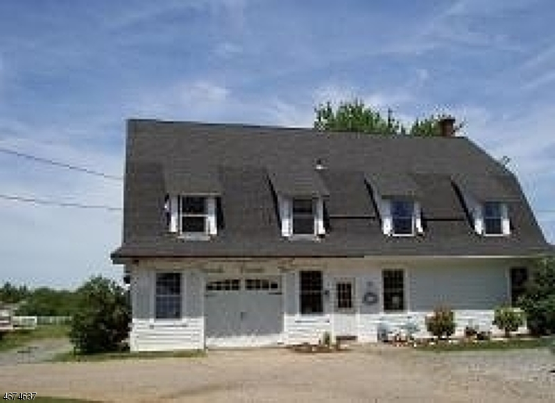 独户住宅 为 出租 在 135 North Road 切斯特, 新泽西州 07930 美国