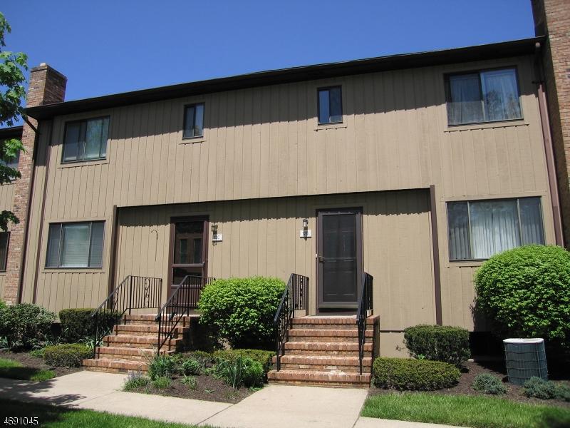 Casa Unifamiliar por un Alquiler en 38 Park St, 12-C Florham Park, Nueva Jersey 07932 Estados Unidos