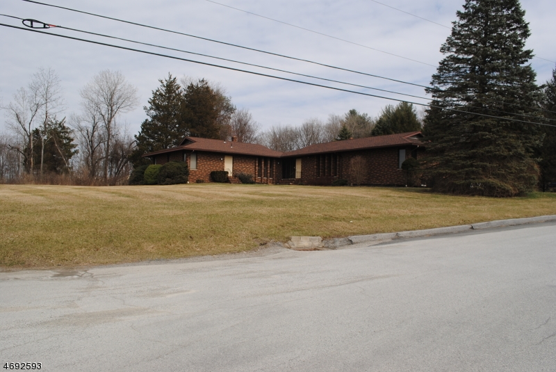 Commercial for Sale at 2 Myrtle Drive Montague, New Jersey 07827 United States