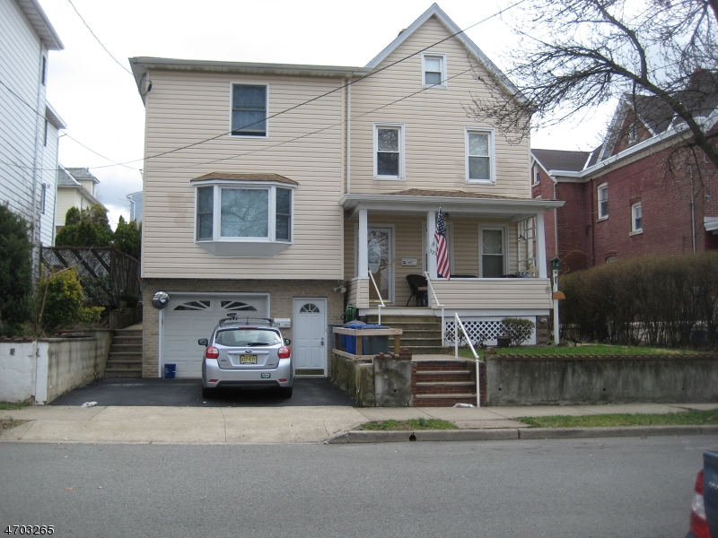 Single Family Home for Rent at 325 Washington Street Carlstadt, New Jersey 07072 United States
