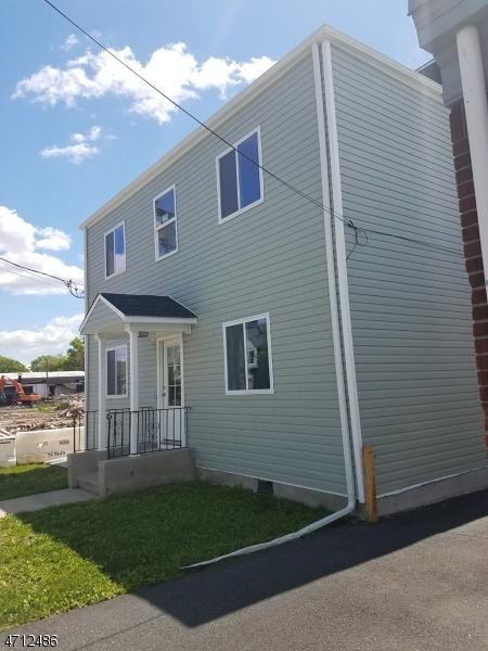 Частный односемейный дом для того Аренда на 252 W Westfield Avenue Roselle Park, Нью-Джерси 07204 Соединенные Штаты