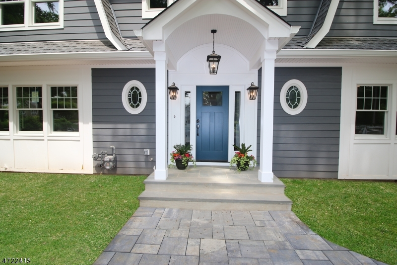 Maison unifamiliale pour l Vente à 115 Rutland Road Glen Rock, New Jersey 07452 États-Unis