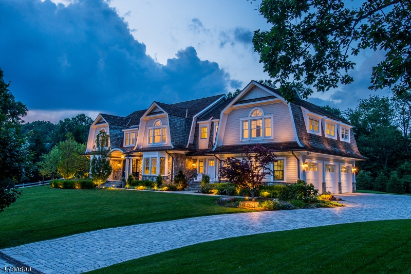 Single Family Home for Sale at 4 Mill Brook Lane Franklin Lakes, New Jersey 07417 United States