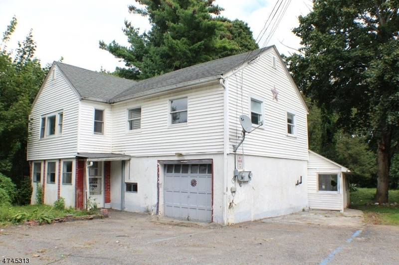 Частный односемейный дом для того Продажа на 70 Nestor Street Franklin, Нью-Джерси 07416 Соединенные Штаты
