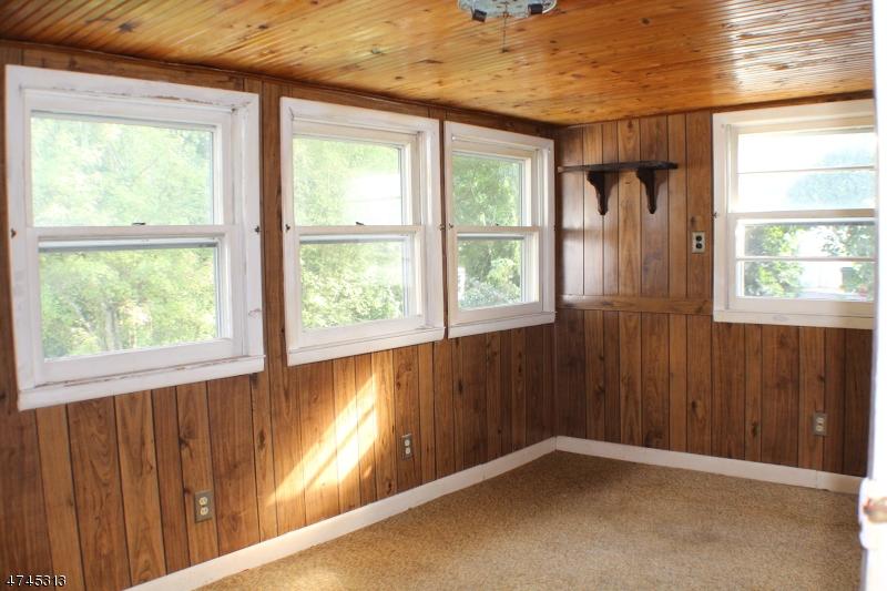 Additional photo for property listing at 70 Nestor Street  Franklin, Нью-Джерси 07416 Соединенные Штаты