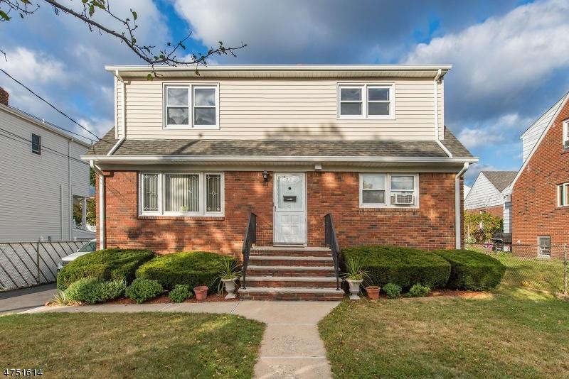 独户住宅 为 出租 在 75 Norwood Avenue Lodi, 新泽西州 07644 美国