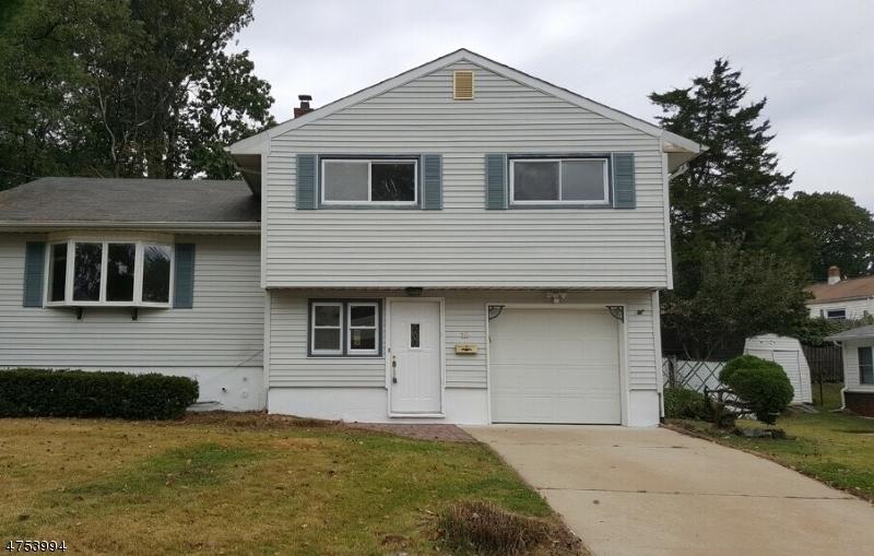 Maison unifamiliale pour l Vente à 16 Maple Drive Jamesburg, New Jersey 08831 États-Unis