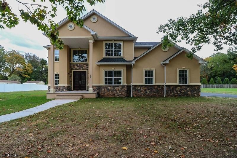 独户住宅 为 销售 在 1017-25 FIELD Avenue 平原镇, 新泽西州 07060 美国