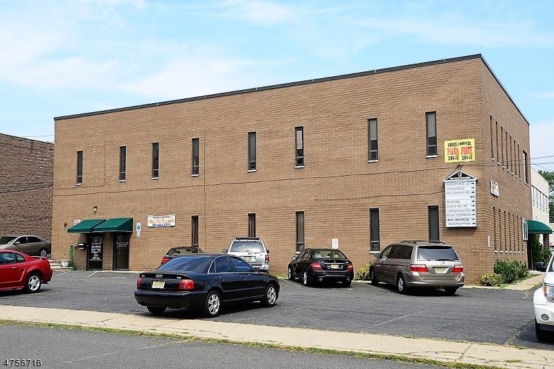 商用 为 销售 在 15 5th Street 德尔布鲁克, 新泽西州 07663 美国