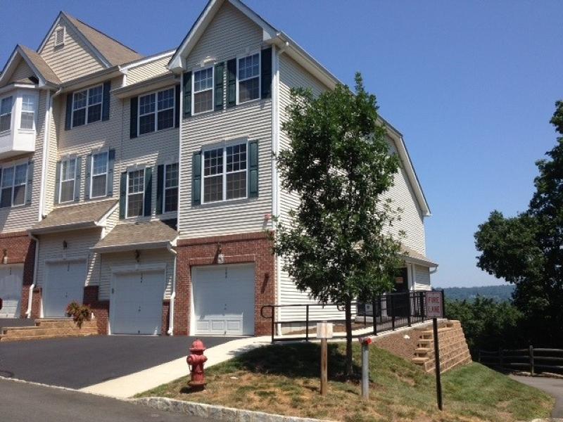 Частный односемейный дом для того Аренда на 166 Conover Ter Lebanon, Нью-Джерси 08833 Соединенные Штаты