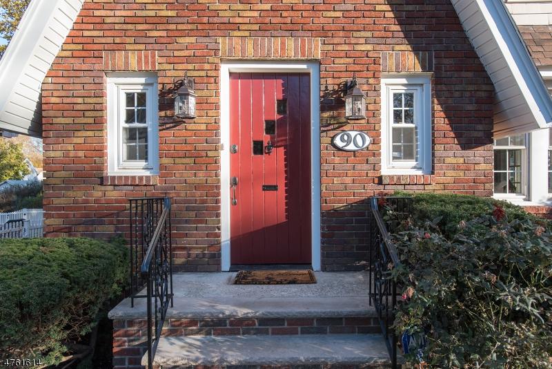 Casa Unifamiliar por un Venta en 90 Hudson Avenue Maplewood, Nueva Jersey 07040 Estados Unidos