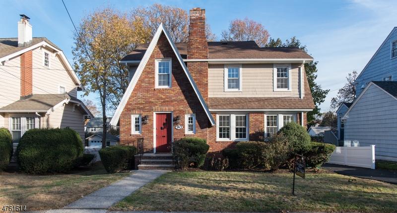 Частный односемейный дом для того Продажа на 90 Hudson Avenue Maplewood, Нью-Джерси 07040 Соединенные Штаты