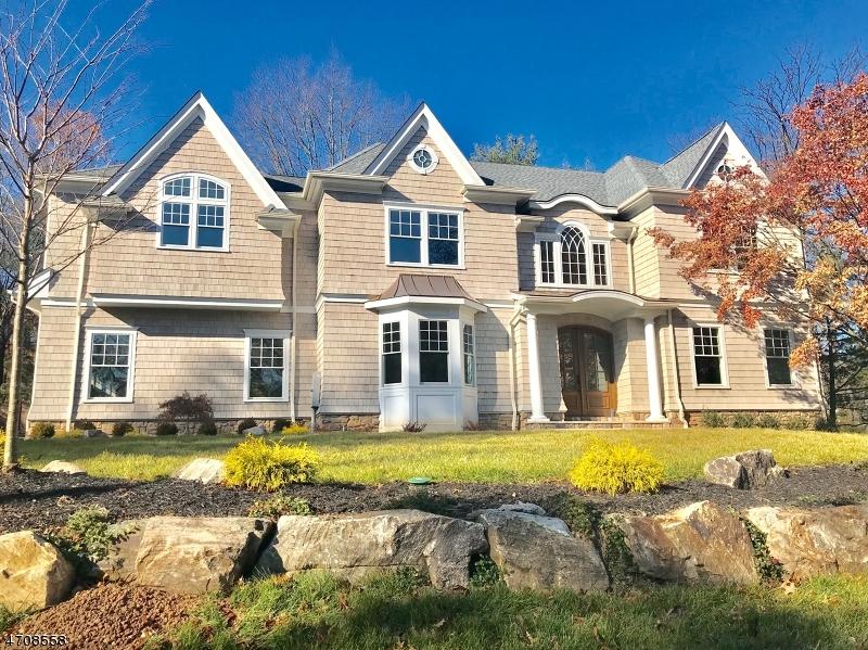 独户住宅 为 销售 在 18 Dale Drive 查塔姆, 新泽西州 07928 美国