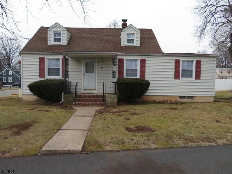 Casa Unifamiliar por un Alquiler en 81 N Maple Street Woodbridge, Nueva Jersey 07001 Estados Unidos