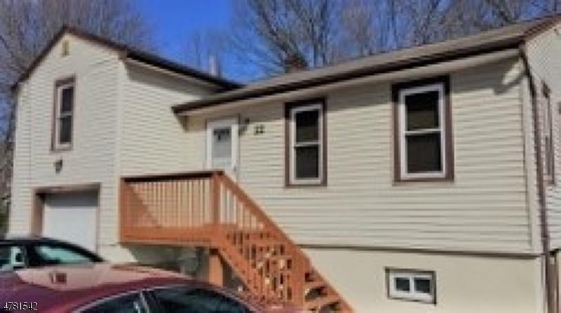 Casa Unifamiliar por un Alquiler en 22 Terrace Avenue Butler, Nueva Jersey 07405 Estados Unidos