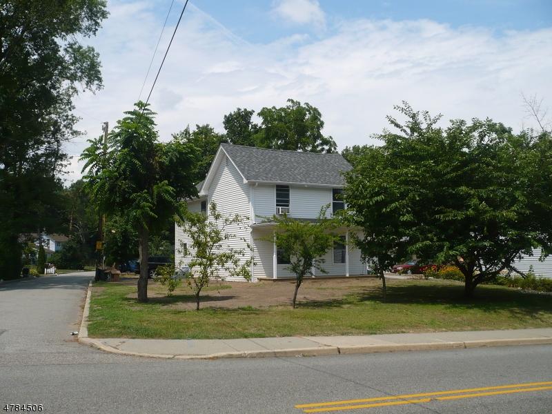 Casa Unifamiliar por un Alquiler en 132 KIEL Avenue Butler, Nueva Jersey 07405 Estados Unidos