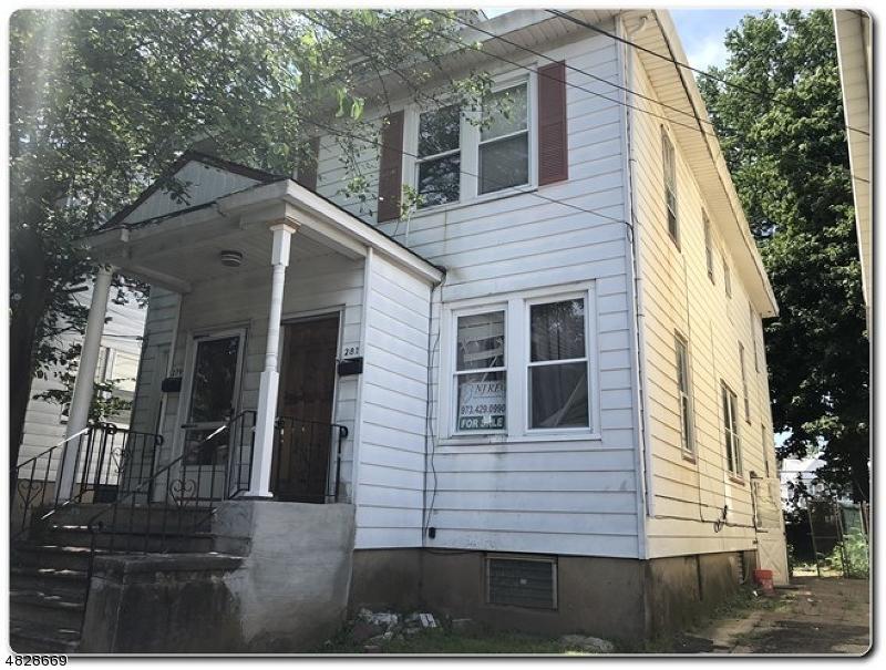 Maison avec plusieurs logements pour l Vente à Address Not Available Orange, New Jersey 07050 États-Unis