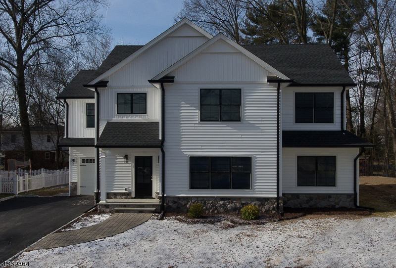 Single Family Home for Sale at 26 RADBURN Road Glen Rock, New Jersey 07452 United States