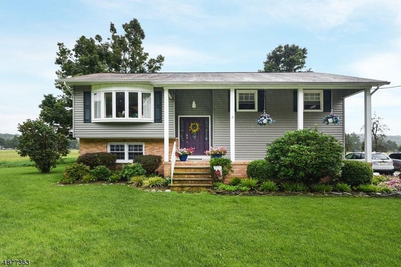 Casa Unifamiliar por un Venta en 932 MAPLE Avenue Stillwater, Nueva Jersey 07860 Estados Unidos