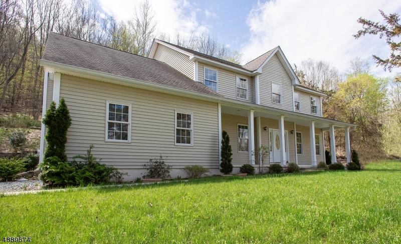 Частный односемейный дом для того Продажа на 792 COUNTY ROAD 519 White Township, Нью-Джерси 07823 Соединенные Штаты