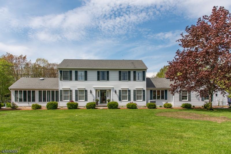 Single Family Homes per Vendita alle ore Sandyston, New Jersey 07851 Stati Uniti