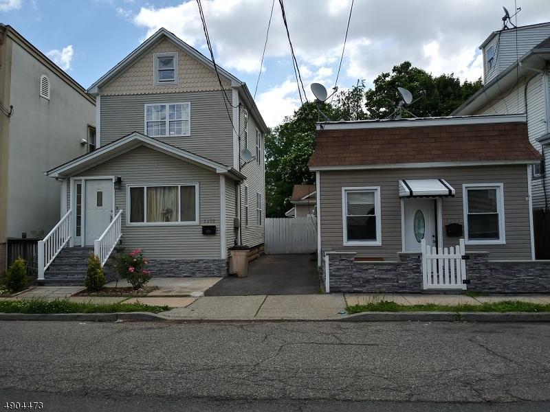 Multi-Family Homes para Venda às Hillside, Nova Jersey 07205 Estados Unidos