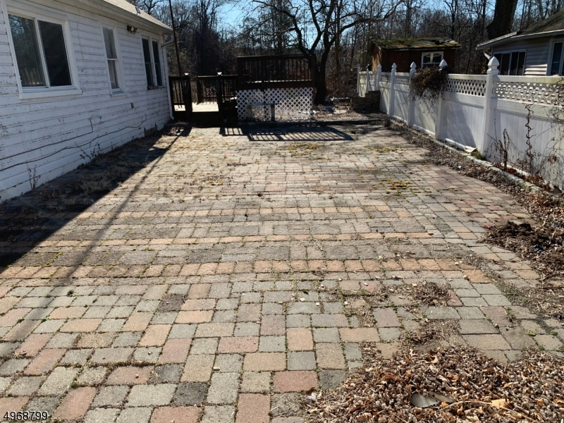 Additional photo for property listing at 32 RIVERSIDE Drive Oakland, New Jersey 07436 United States