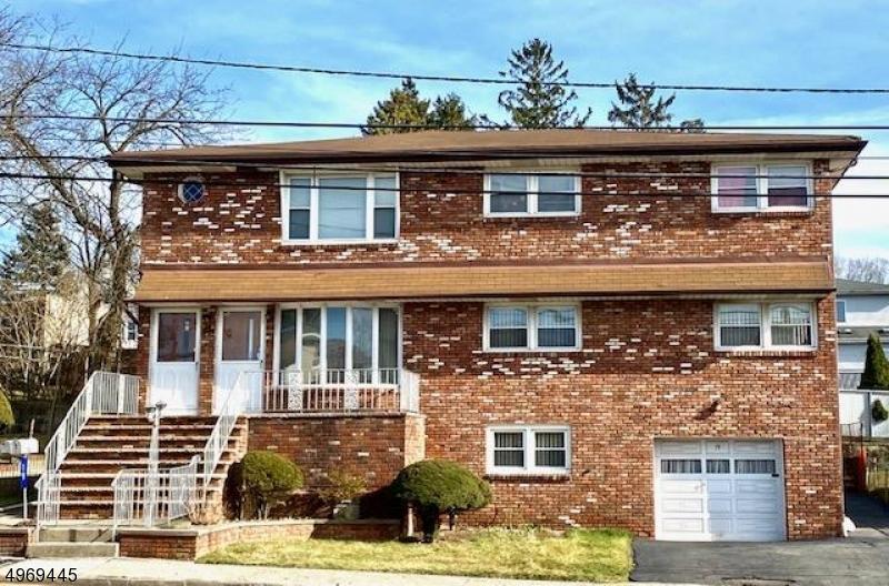 Multi-Family Homes per Vendita alle ore Woodland Park, New Jersey 07424 Stati Uniti