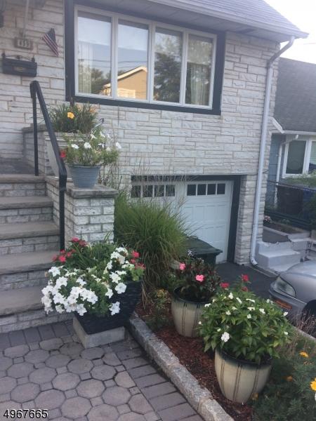 Single Family Homes vì Bán tại Rutherford, New Jersey 07070 Hoa Kỳ