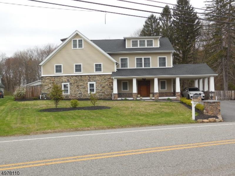 Single Family Homes para Venda às Boonton, Nova Jersey 07005 Estados Unidos