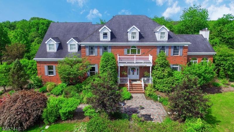 Single Family Homes 为 销售 在 希尔斯堡, 新泽西州 08844 美国