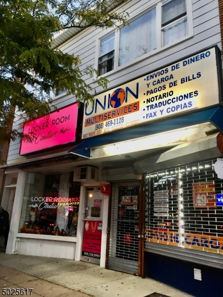 Commercial for Sale at Elizabeth, New Jersey 07202 United States