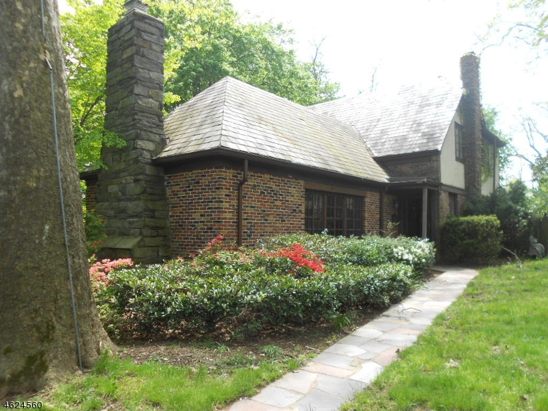 Additional photo for property listing at 330 Highland Road  South Orange, New Jersey 07079 États-Unis