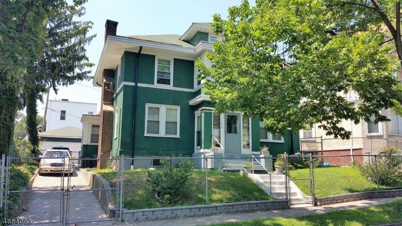 Casa Unifamiliar por un Venta en Address Not Available Newark, Nueva Jersey 07108 Estados Unidos