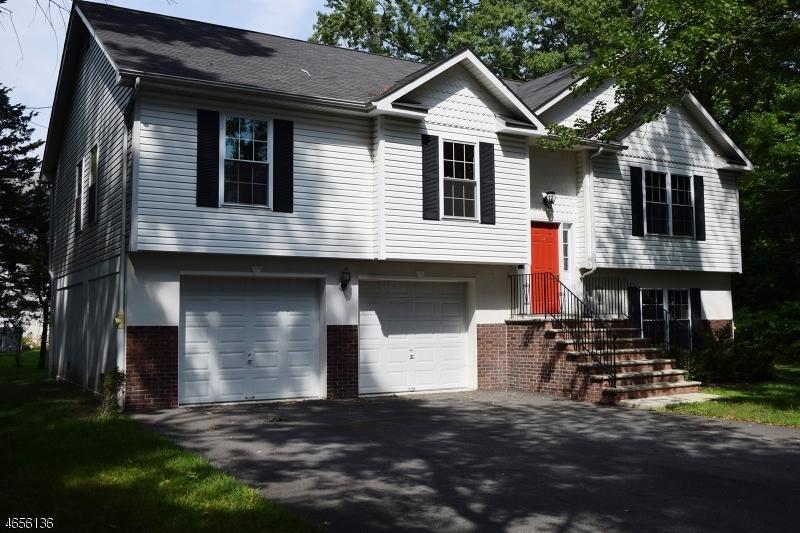 Частный односемейный дом для того Продажа на 52 Beechwood Drive Hillsdale, 07642 Соединенные Штаты