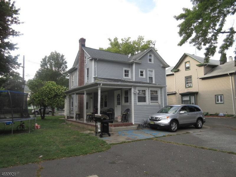 Additional photo for property listing at 402-04 E 2ND Street  Plainfield, Нью-Джерси 07060 Соединенные Штаты