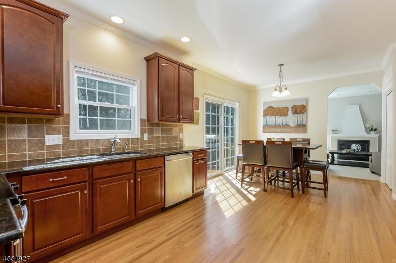 Additional photo for property listing at 908-B LIBERTY Street  Belvidere, Нью-Джерси 07823 Соединенные Штаты