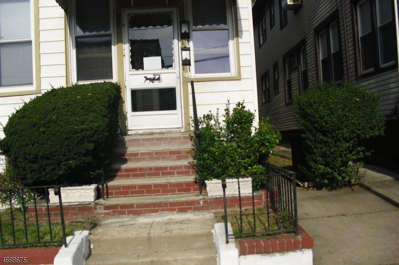 独户住宅 为 出租 在 50 Highland Ter Irvington, 新泽西州 07111 美国