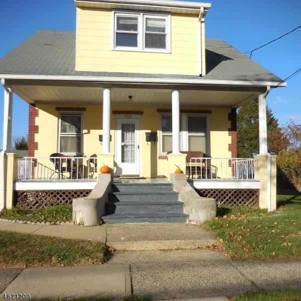 Частный односемейный дом для того Аренда на 1014 Knopf Street Manville, Нью-Джерси 08835 Соединенные Штаты
